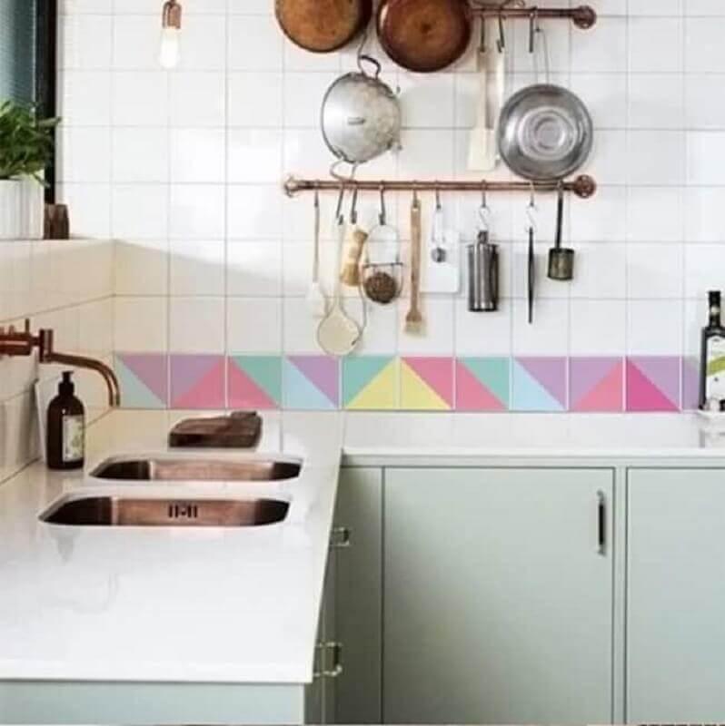 faixa adesiva colorida para cozinha simples decorada Foto Eduardo Cavalcanti Castro