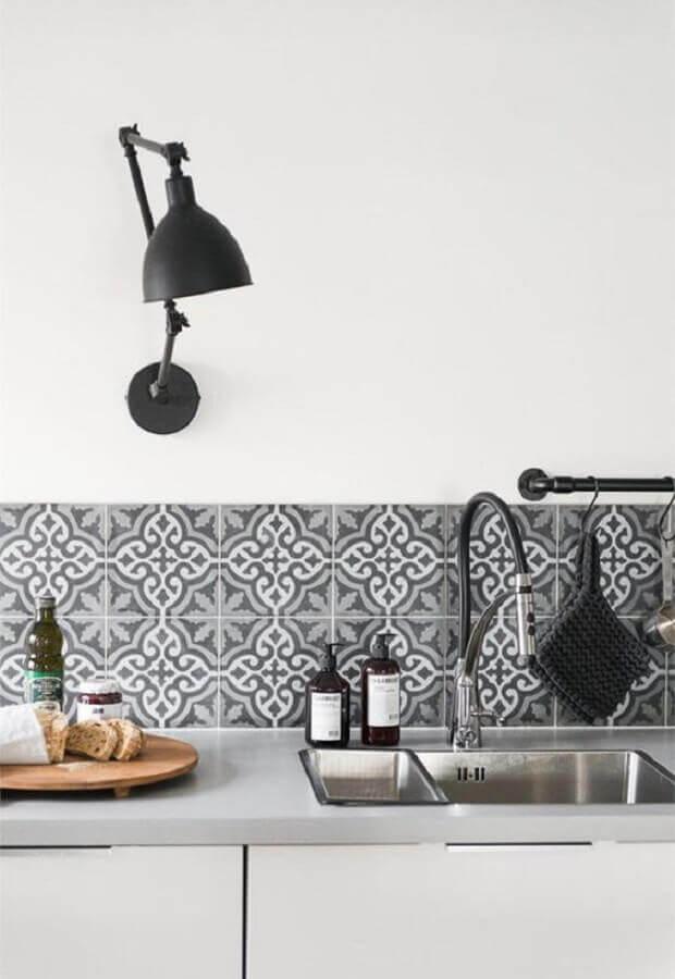 faixa adesiva para cozinha simples Foto These Four Walls