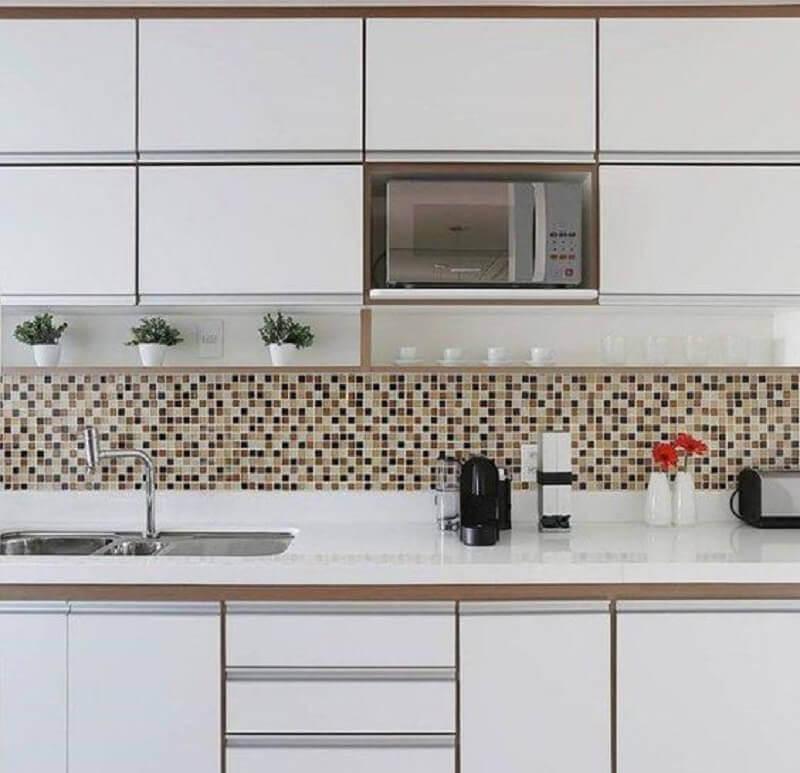 faixa decorativa para cozinha feita com pastilhas Foto Archilovers