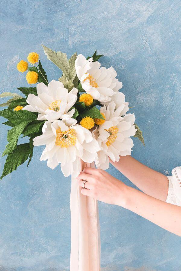Flores de papel de seda para decoração de casa