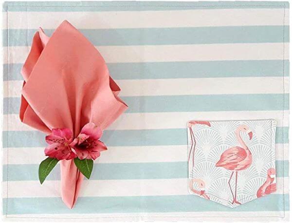 Jogo americano de tecido com porta talheres cor de rosa flamingos