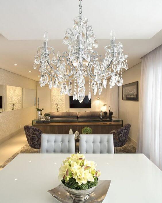 Lustres para sala de estar e jantar integradas com cristal