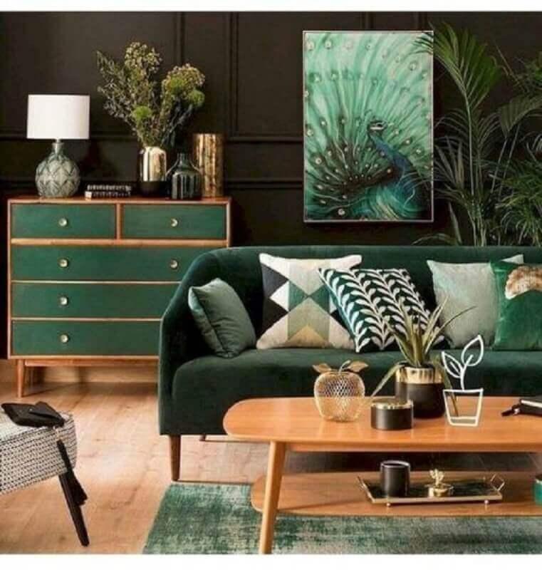 móveis de madeira para decoração de sala verde escura Foto Conexão Décor