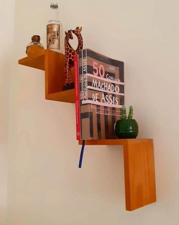 modelo de prateleira suspensa moderna de madeira Foto Casa 646