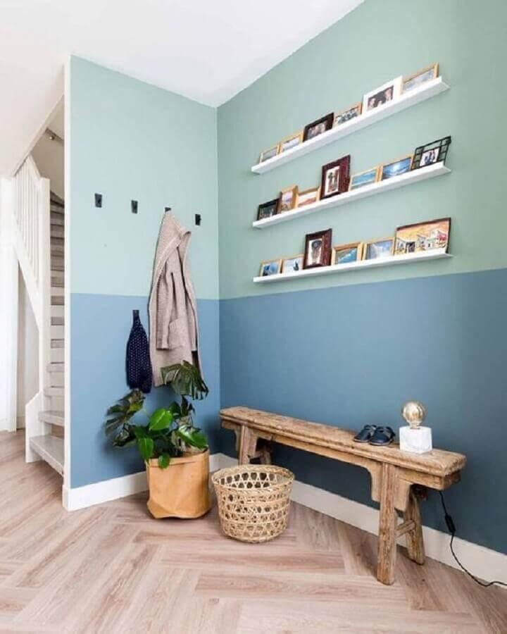 parede pintada na cor verde menta e azul Foto Pinterest