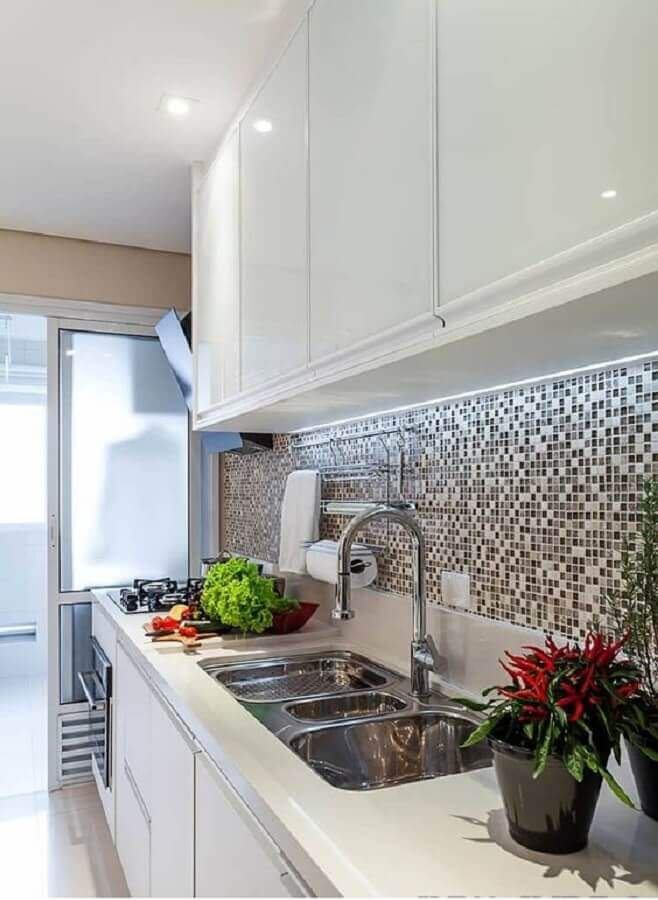 pastilhas de vidro para faixa para cozinha moderna Foto Alessandro Guimarães