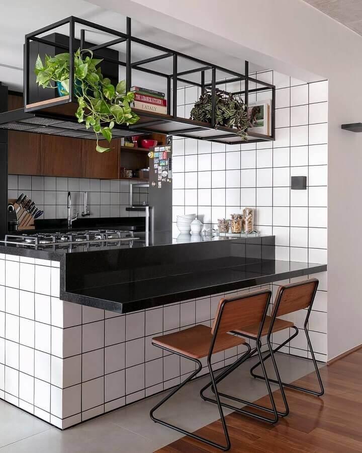 prateleira aramada suspensa para cozinha americana Foto Pinterest
