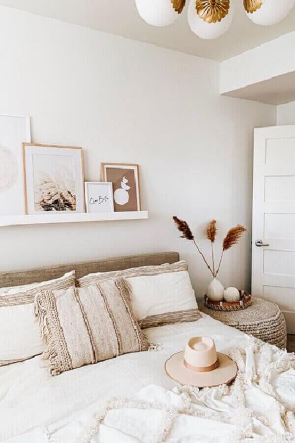 quadro de parede para quarto de casal minimalista todo branco Foto Pinterest