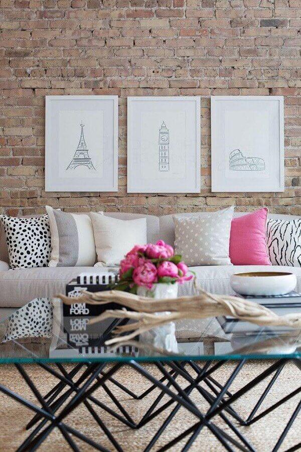 quadro de parede para sala com parede de tijolinho à vista Foto Pinterest