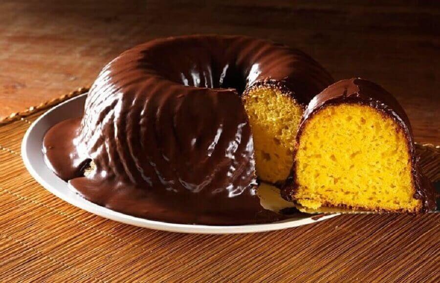 receita de bolo de cenoura de liquidificador com cobertura de chocolate Foto Pinterest