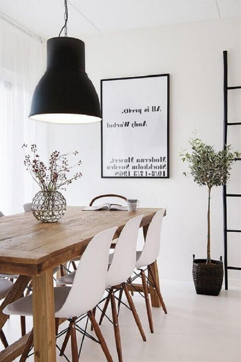 sala de jantar minimalista decorada com vaso para mesa de jantar simples Foto MudaHome