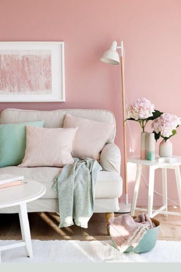 sala decorada em cor de rosa e verde menta Foto Etsy