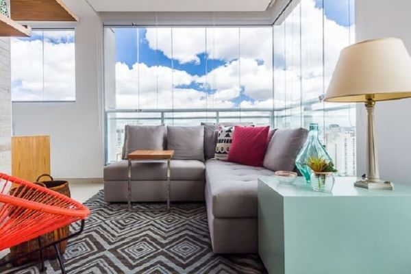 Sofás de canto pequenos para sala compacta