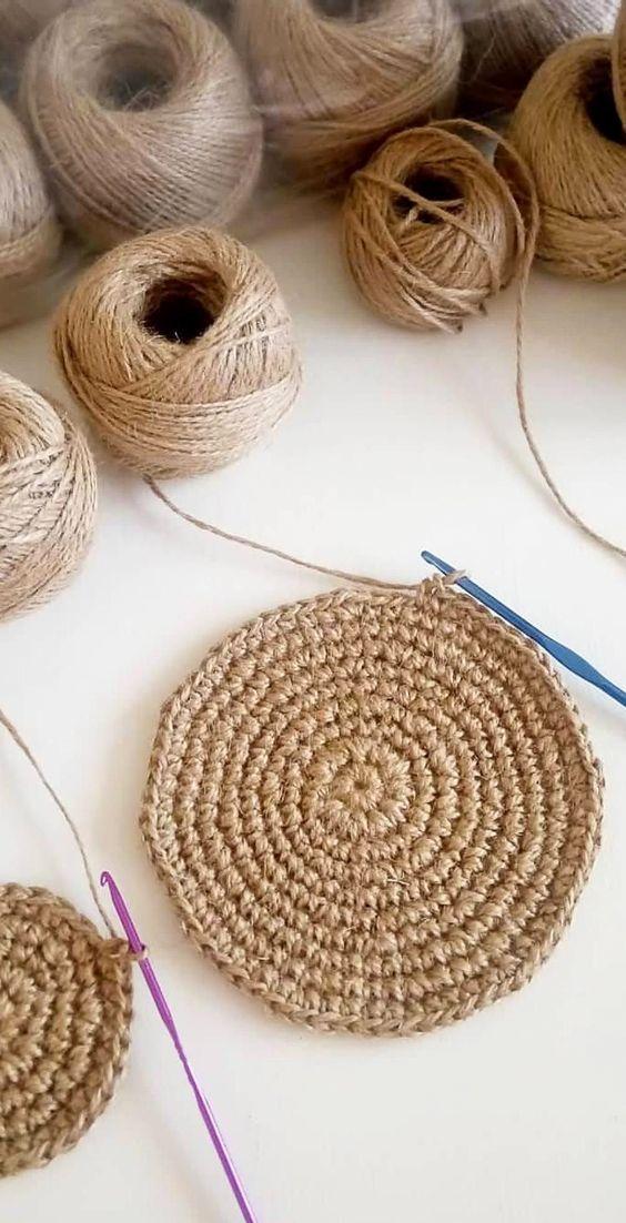 Faça um tapete artesanal de crochê para sua casa
