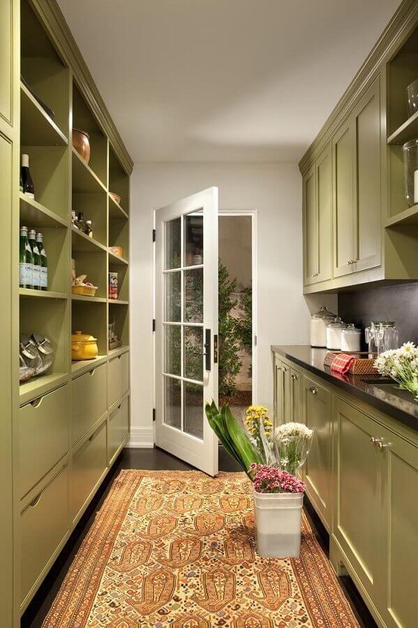 tapete para decoração de cozinha verde musgo planejada Foto CoachDecor