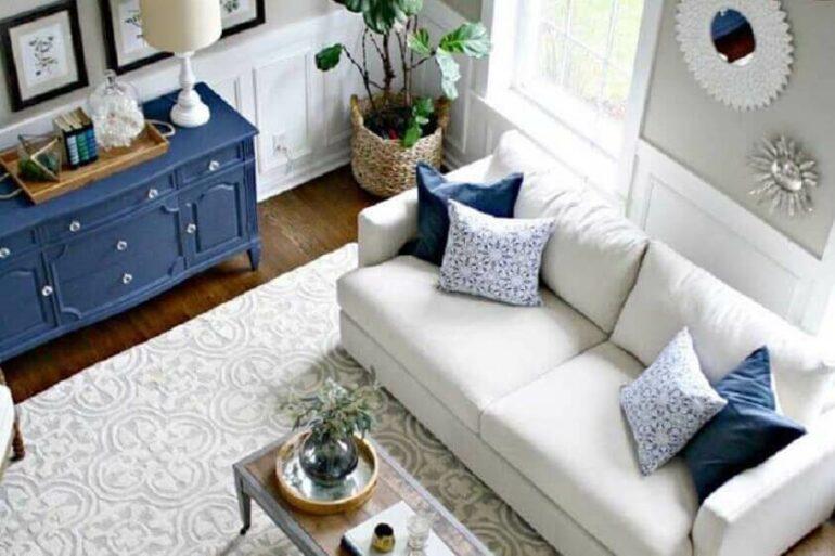 tapete para sala de estar decorada com estilo clássico Foto JERA Arquitetura e Engenharia