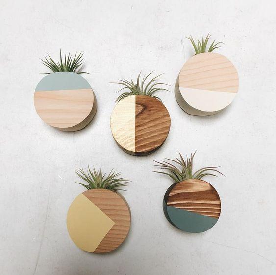 Vaso de parede redondo e colorido
