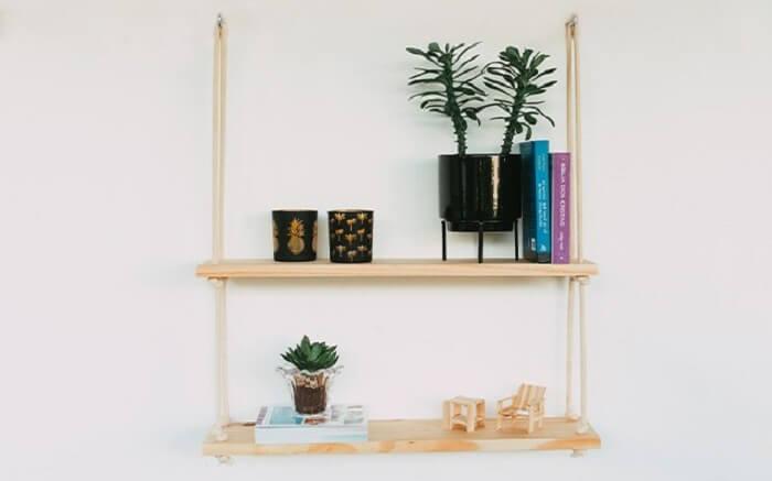 As estantes suspensas podem ser confeccionadas por você mesmo