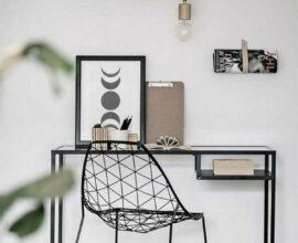 Aproveite as vantagens da escrivaninha pequena para criar seu espaço de trabalho ou estudo