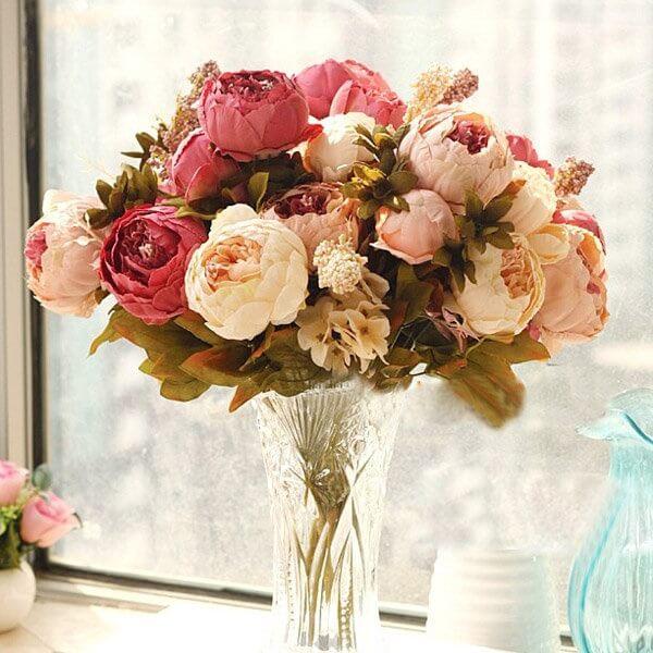 As flores de Peônias apresentam um perfume suave