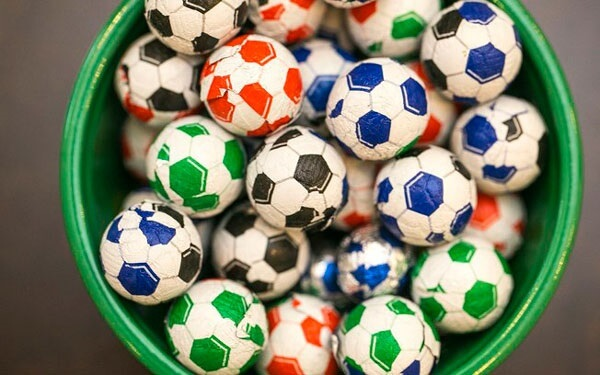 Chocolate balls are ideas for football theme party