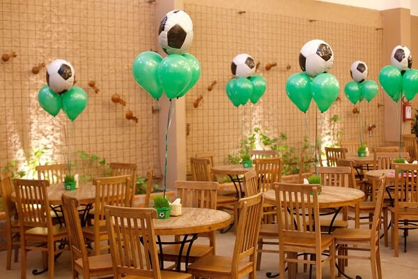 Party decoration simple football theme for the guests table