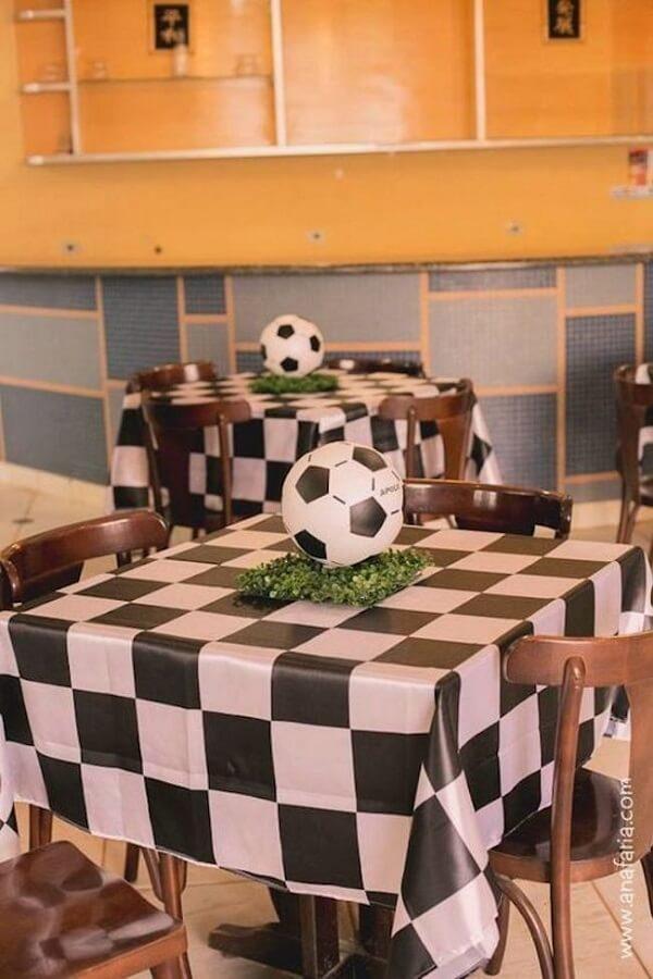 Decore a mesa dos convidados de forma especial