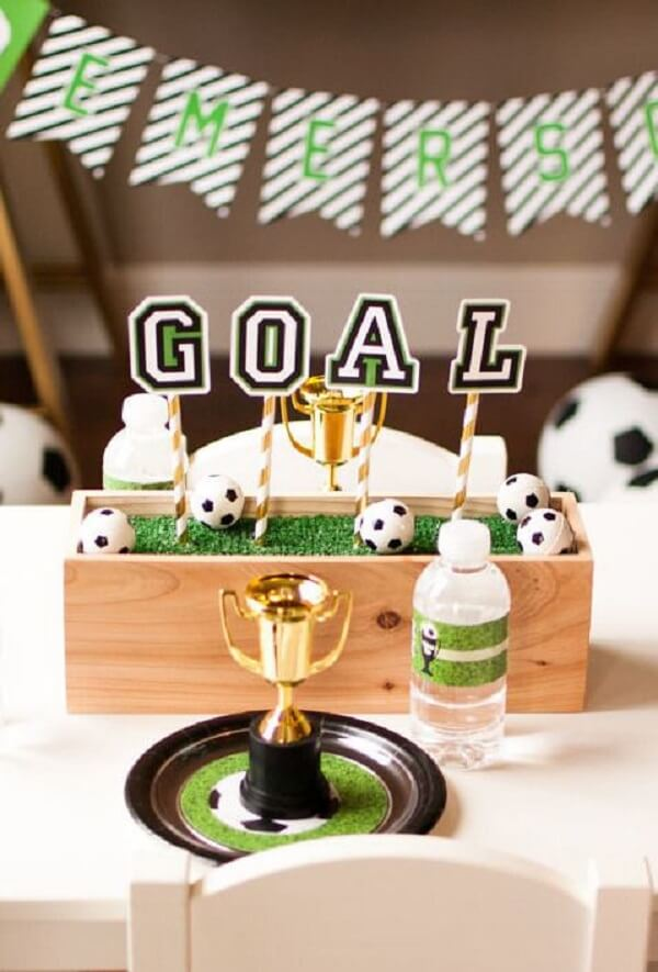 Table decoration for simple football theme party