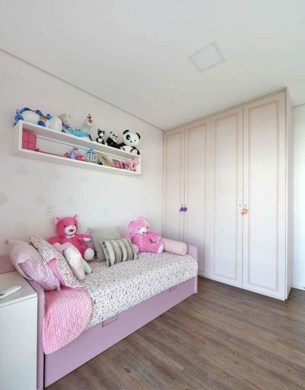 The 4-door children's wardrobe is ideal for spacious rooms