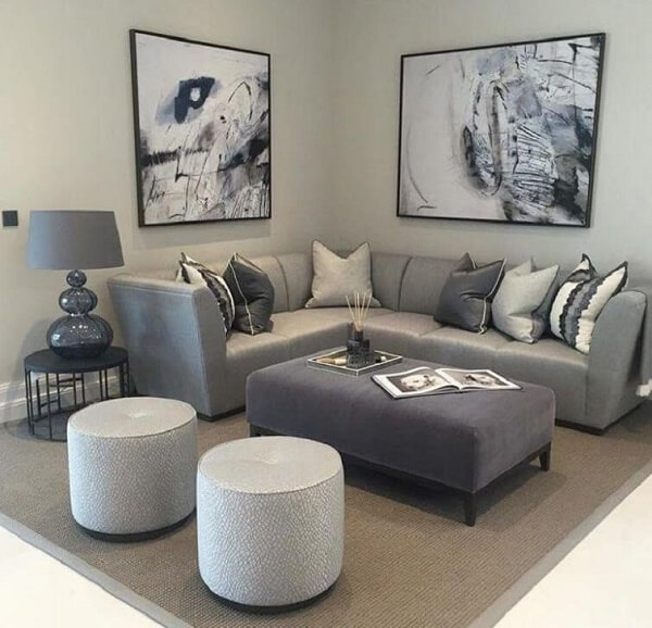 O sofá de canto pequeno traz beleza, conforto e otimiza espaços compactos