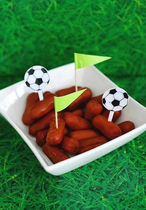 Individual portions as ideas for football theme party