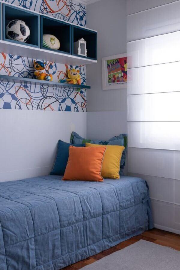 almofadas coloridas para camas de solteiro Foto Adriana Fontana