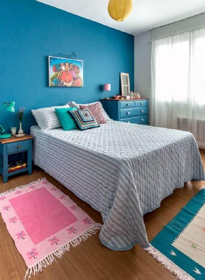almofadas para cama de quarto azul simples Foto Pinterest