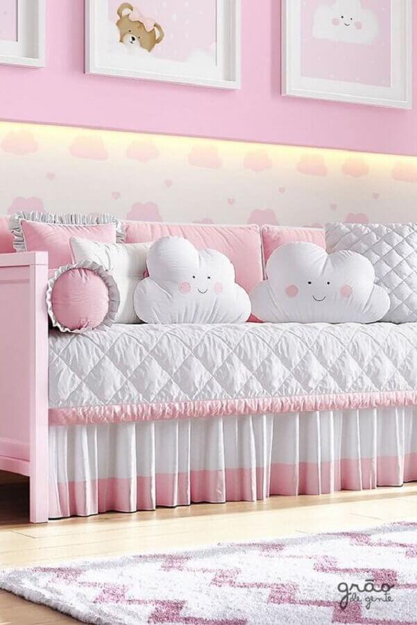 almofadas para quarto de bebê lúdico Foto Grão de Gente