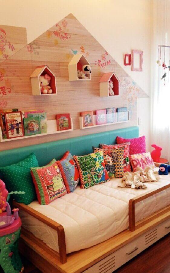 almofadas para quarto infantil colorido Foto Pinterest