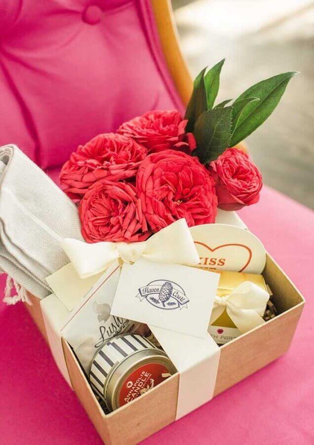 arranjo de flores para caixa surpresa para namorada Foto Pinterest