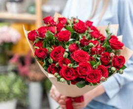 Buquê de rosas vermelhas - Via: Flora Queen