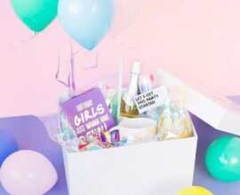 caixa surpresa de aniversário com decoração colorida Foto Só Decor