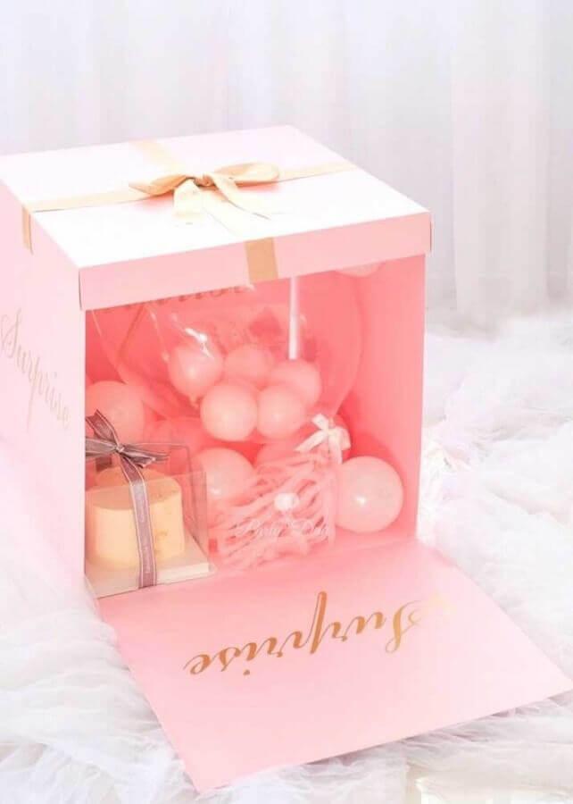 caixa surpresa para amiga cor de rosa Foto Pinterest