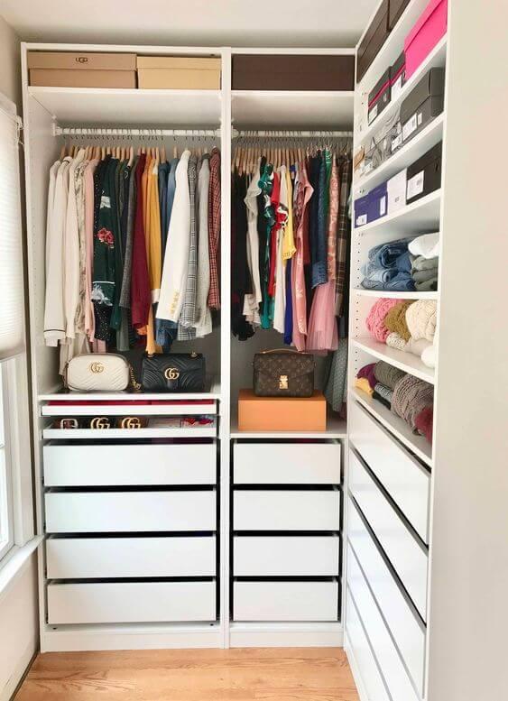 Closet em L feminino pequeno para casa
