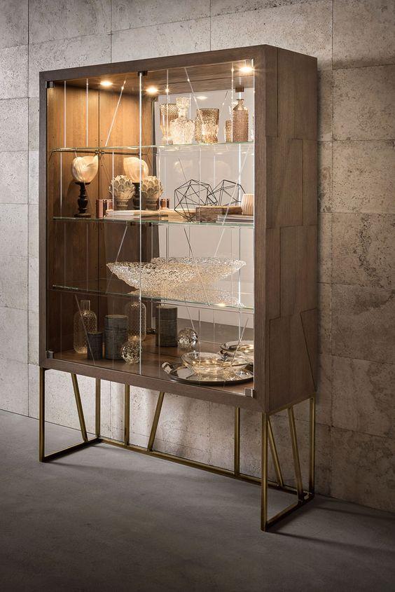 Cristaleira de vidro moderna