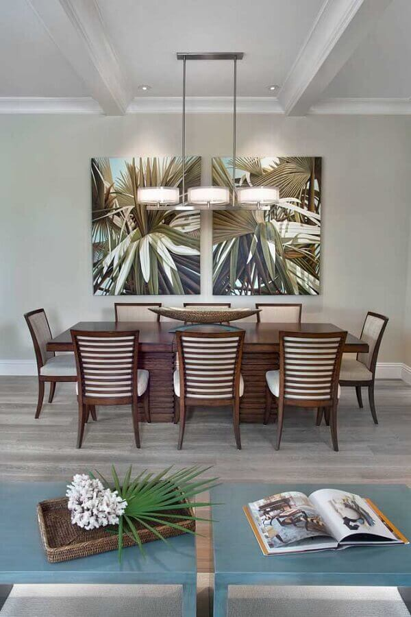 decoração clean com vaso para centro de mesa de jantar Foto Casa & Festa