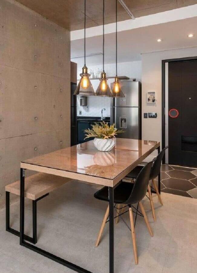 decoração com estilo industrial com vaso para centro de mesa de jantar Foto Archtrends Portobello
