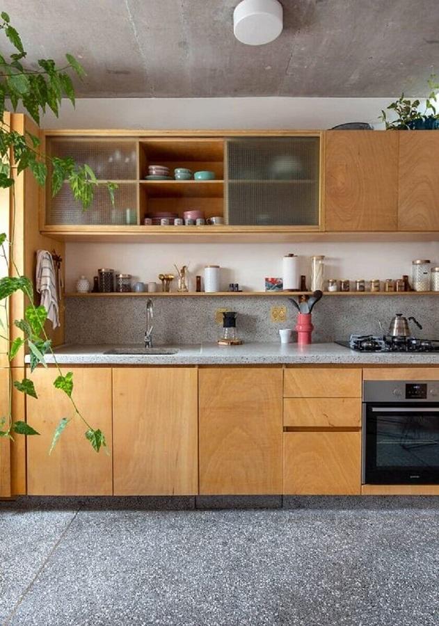 decoração com móveis para cozinha em madeira Foto Histórias de Casa