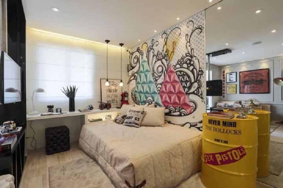 decoração com tambor amarelo para quarto jovem planejado Foto Decoratorist