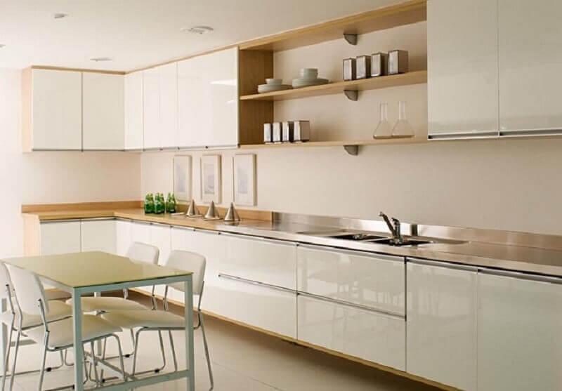 decoração cor pérola para cozinha ampla planejada Foto Decorando Casas