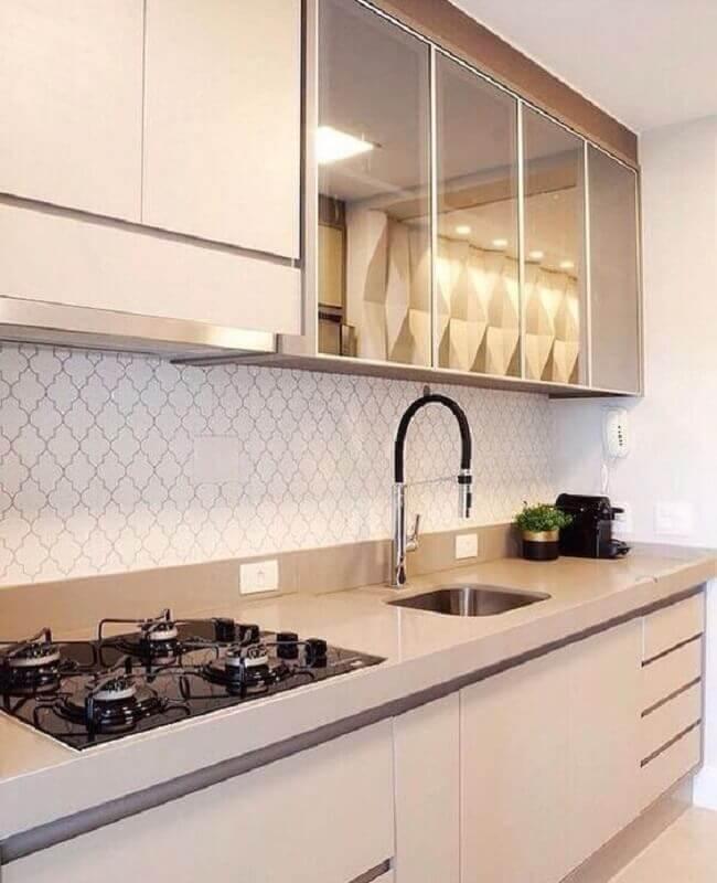 decoração cor pérola para cozinha pequena planejada Foto Casa Clássica