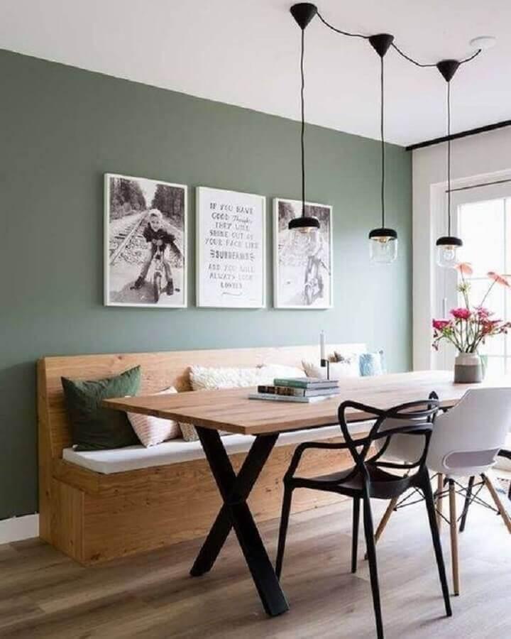 decoração moderna com mesa de jantar com banco e cadeiras diferentes Foto Decoriela