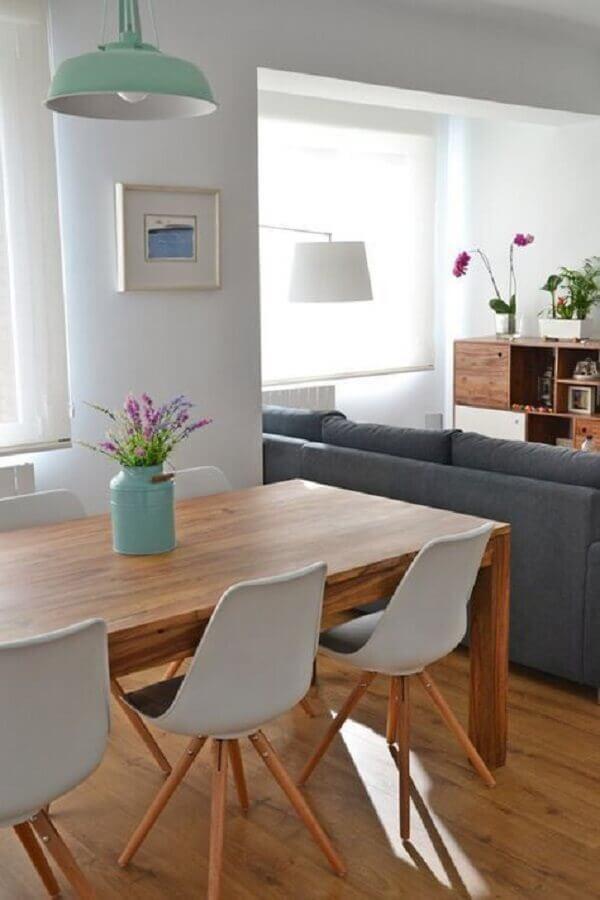 decoração para centro de mesa de jantar com leiteira azul Foto Pinterest
