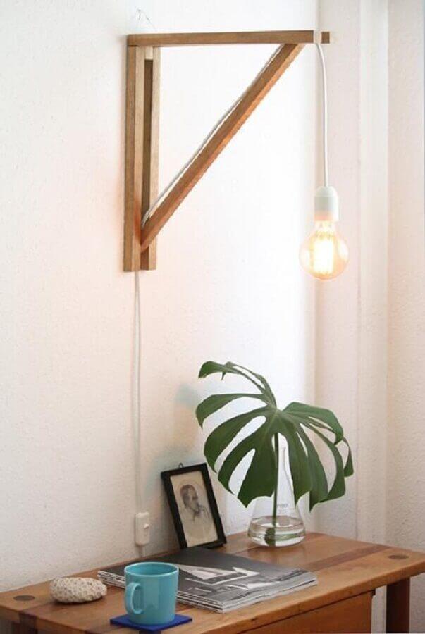 design simples e moderno de abajur de parede Foto Boobam